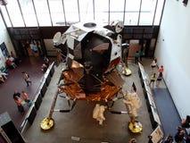 Apollo Moon Mission skärm på nationell luft- och utrymmemuseet Royaltyfri Bild