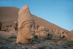 Apollo and Tyche heads -  Mount Nemrut. Some of the statues near the peak of Mount Nemrut (Turkey). West Terrace: head of Apollo and head of Goddess of Kommagene Stock Photo