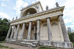 Apollon tempelbyggnad i starkt perspektiv Fotografering för Bildbyråer