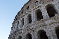Apolo ` s寺庙和马尔塞洛` s剧院-令人惊讶的罗马,意大利 免版税库存照片