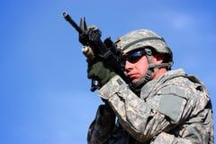 Apontar do soldado Imagem de Stock Royalty Free