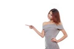 Apontar feliz, positivo, bonito da mulher, escolhendo Fotografia de Stock Royalty Free