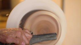 Apontar mestre em uma madeira do torno vídeos de arquivo
