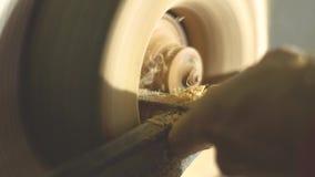 Apontar mestre em uma madeira do torno filme