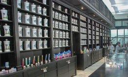 Apotek Johnson Drug Store Museum i havannacigarr royaltyfria bilder