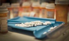 Apotheken-Pillen-Zählung Stockbilder