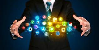 App εκμετάλλευσης επιχειρηματιών σύννεφο εικονιδίων Στοκ εικόνες με δικαίωμα ελεύθερης χρήσης