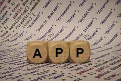 App - κύβος με τις επιστολές και λέξεις από τον υπολογιστή, λογισμικό, κατηγορίες Διαδικτύου, ξύλινοι κύβοι Στοκ φωτογραφία με δικαίωμα ελεύθερης χρήσης