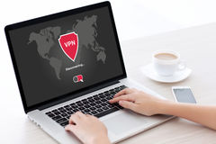 App σημειωματάριων εκμετάλλευσης γυναικών vpn πρωτόκολλα Διαδικτύου δημιουργιών prote Στοκ Εικόνες
