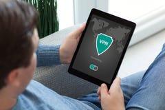 App ταμπλετών εκμετάλλευσης ατόμων vpn protectio πρωτοκόλλων Διαδικτύου δημιουργιών Στοκ φωτογραφία με δικαίωμα ελεύθερης χρήσης