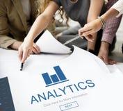 App χρηματοδότησης Analytics έννοια αρχικών σελίδων Στοκ Εικόνες