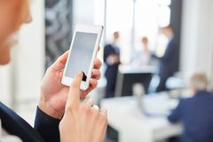 App de Smartphone para uma comunicação móvel fotos de stock royalty free