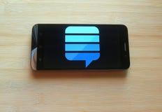 App di scambio della pila sul telefono cellulare fotografia stock libera da diritti