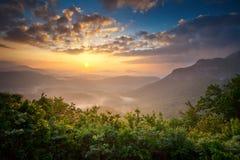 Appalachians scenici delle montagne di Ridge blu di alba Fotografie Stock Libere da Diritti