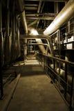 Apparatuur, kabels en het door buizen leiden Stock Foto