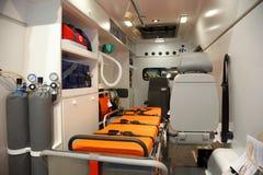 Apparatuur voor ziekenwagens. Mening van binnenuit. Stock Foto