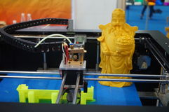 apparecchiature di stampa 3D in funzione immagini stock