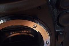 Appareil-photo au service des réparations Image libre de droits
