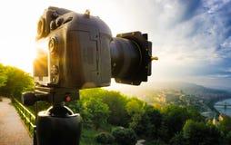 Appareil-photo capturant Budapest Images libres de droits