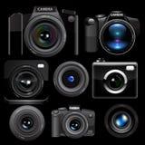 Appareil-photo de photo réglé sur le fond noir Photos stock