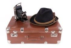 Appareil-photo de photographie de vintage avec le chapeau bavarois traditionnel Photo libre de droits