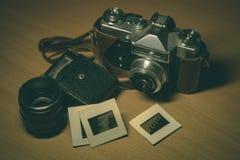 Appareil-photo et accessoires de vintage Image stock