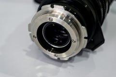 Appareil photo numérique de filtre de lentille de nettoyage par l'alcool Photographie stock