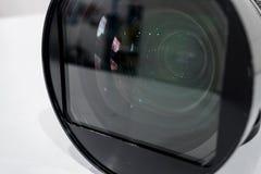 Appareil photo numérique de filtre de lentille de nettoyage par l'alcool Image libre de droits