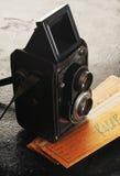 Appareil-photo réflexe jumel de vintage Photographie stock libre de droits