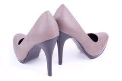 Appareillez la vue arrière des chaussures des femmes Photos stock