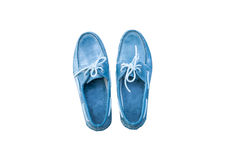 Appareillez les chaussures bleues masculines d'isolement sur le fond blanc Images stock