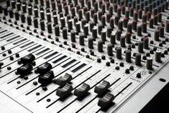 Appareils de contrôle sonore images stock