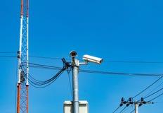 Appareils-photo de télévision en circuit fermé installés au coin photos libres de droits