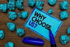 Apparence conceptuelle d'écriture de main pourquoi choisissez-nous question Raisons de présentation de photo d'affaires de choisi photographie stock