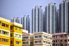 Appartamenti ad alta densità dell'alloggio Fotografia Stock