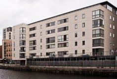 Appartamenti/appartamenti moderni immagine stock