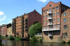 Appartamenti del canale Fotografia Stock