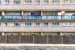 Appartamenti dell'edilizia economica e popolare a Londra orientale Immagini Stock Libere da Diritti