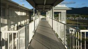 Appartamenti della riva del fiume Fotografie Stock