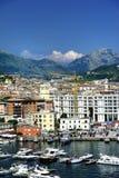 Appartamenti ed il porto di Salerno immagine stock libera da diritti
