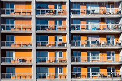 Appartamenti gialli del blocco Fotografie Stock