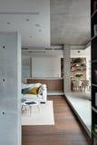 Appartamento di studio nello stile del sottotetto Fotografia Stock Libera da Diritti