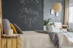 Appartement dans le style industriel photographie stock