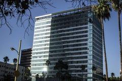 Appartement de gratte-ciel et travail d'immeuble de bureaux Photos stock