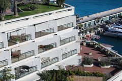 Appartement de luxe de balcon de Seaview à Monte Carlo, Monaco image stock