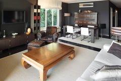 Appartement, salon confortable photographie stock