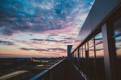 Appartement terrasse au coucher du soleil Photographie stock