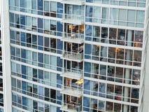 Appartements ayant beaucoup d'étages modernes Image libre de droits