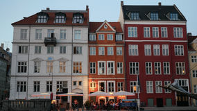 Appartements danois avec les toits uniques Photo stock