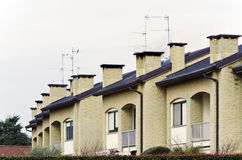 Appartements dans une rangée Photos libres de droits